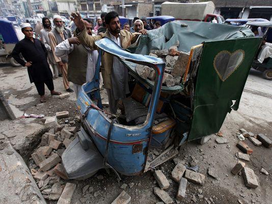 635814559945443110-EPA-epaselect-PAKISTAN-EARTHQUAKE