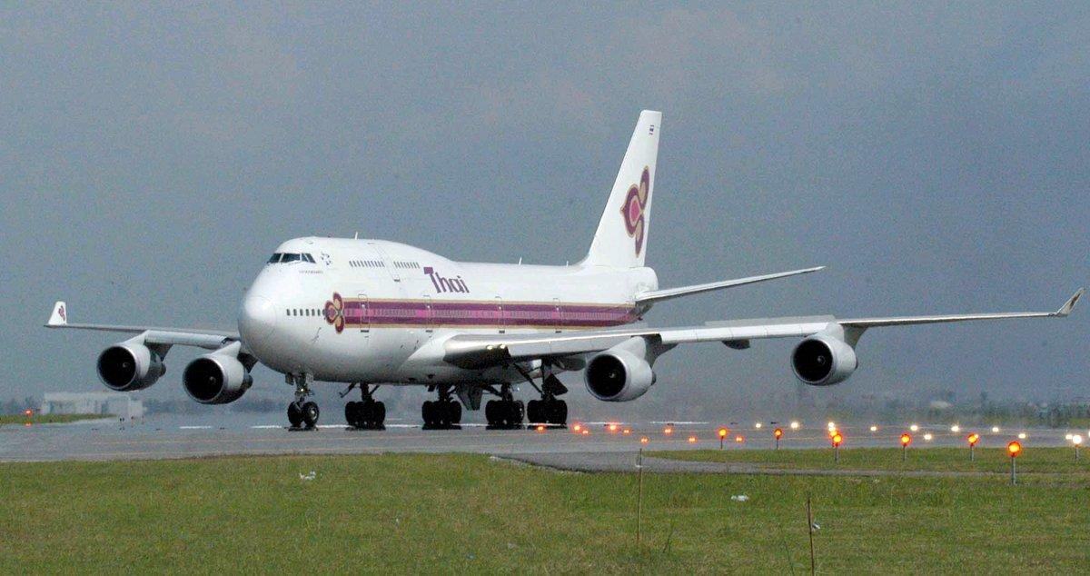 دنیا کی کئی بڑی ایئر لائنز آج جس مقام پر ہیں ان میں بوئنگ 747 نے بہت اہم کردار ادا کیا ہے، جیسا کہ تھائی ایئرویز
