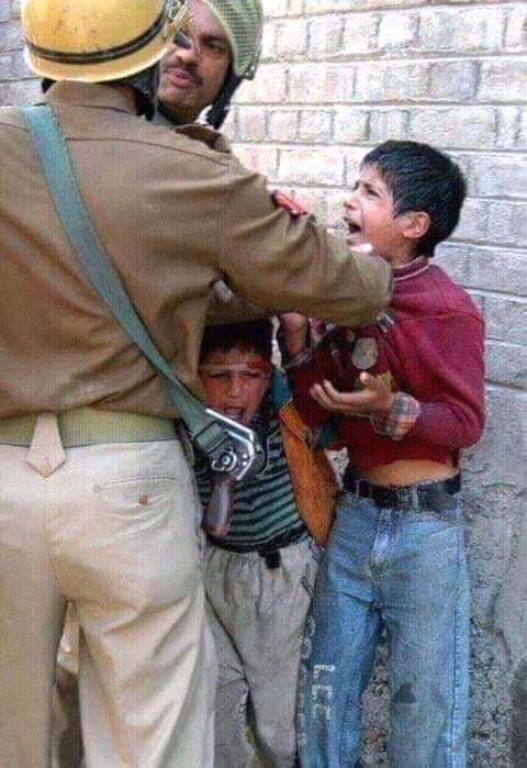 11-indian-brutalities-in-kashmir-2016