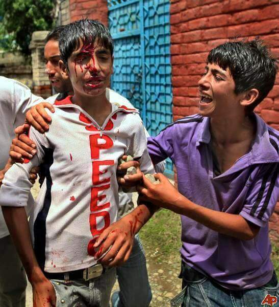 15-indian-brutalities-in-kashmir-2016